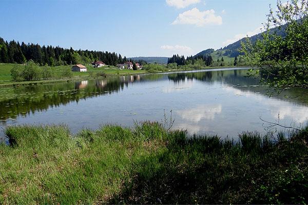 Le Lac de Lamoura - Village Vacances Neige & Plein Air